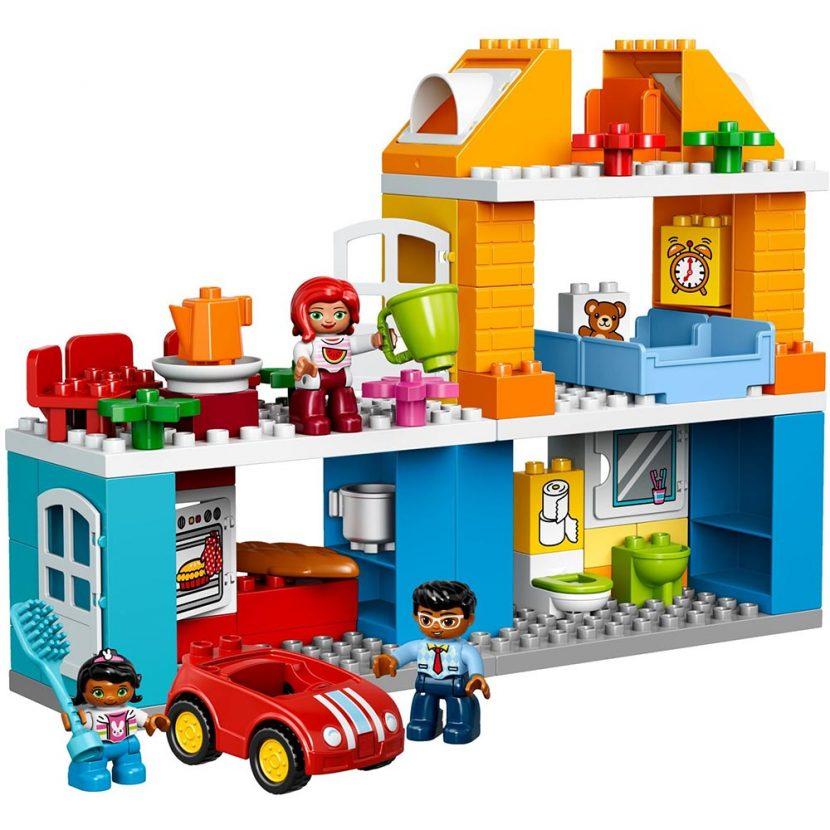 10835 Porodična kuća