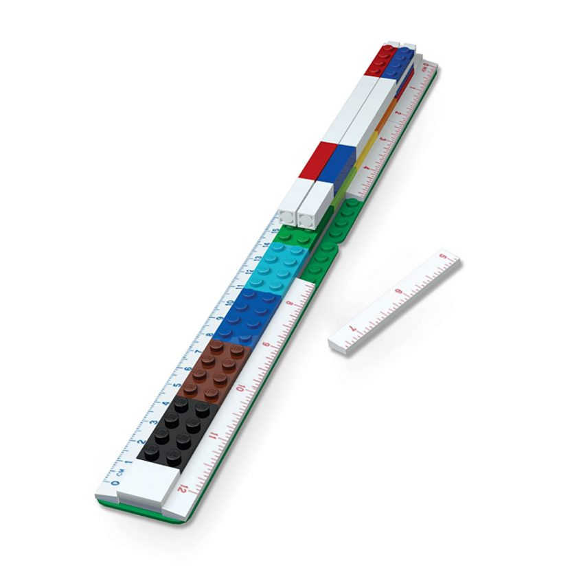 LEGO lenjir iz delova